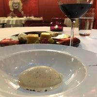 Foto diambil di Adolfo Restaurante   Casa Urbana oleh Marty M. pada 8/7/2019