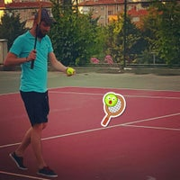 Photo prise au Aykut Barka Parkı Tenis Kortu par S.Mert E. le6/4/2016