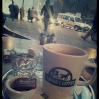 Photo prise au Edward's Coffee par Fatih Mutlu T. le2/9/2013