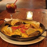 Foto tirada no(a) Kaña Tapas Bar & Restaurant por Kaña Tapas Bar & Restaurant em 6/7/2014