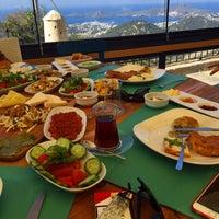 Photo prise au MMK Yeldeğirmeni Restaurant Yalıkavak par Aydın Ünal✔ le11/1/2015