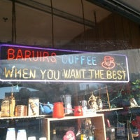 Foto scattata a Baruir's Coffee Store da Moe il 2/9/2013