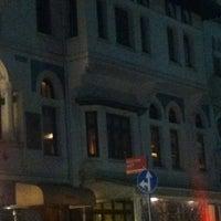 Das Foto wurde bei Zihni Bar von Alper K. am 3/12/2013 aufgenommen