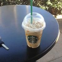 Photo prise au Starbucks par Colby B. le3/12/2013