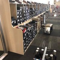 DSW Designer Shoe Warehouse - Boca