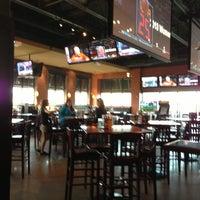 Foto tomada en Wellman's Pub & Rooftop por David H. el 4/7/2013