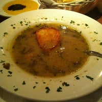 1/15/2013 tarihinde Zainab A.ziyaretçi tarafından Bruno's Restaurant'de çekilen fotoğraf