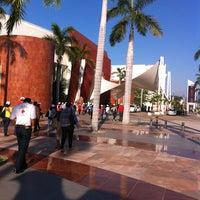 2/20/2013 tarihinde Paulina F.ziyaretçi tarafından Forum de Mundo Imperial'de çekilen fotoğraf