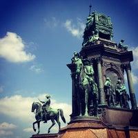 5/4/2013 tarihinde Slawomir B.ziyaretçi tarafından Maria-Theresien-Platz'de çekilen fotoğraf