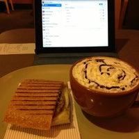 Foto diambil di Panera Bread oleh Angel R. pada 2/12/2013