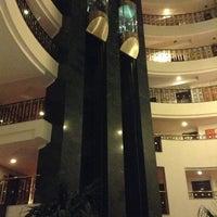 Photo prise au Papillon Ayscha Hotel Resort & Spa par Вадим К. le2/8/2013