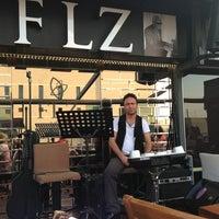 5/19/2013 tarihinde Gökhan A.ziyaretçi tarafından Flz Cafe & Restaurant'de çekilen fotoğraf