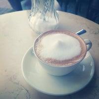 Снимок сделан в Mokka Espressobar пользователем frederik p. 2/6/2014