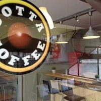 Das Foto wurde bei Cotta Coffee von Hazar E. am 2/8/2013 aufgenommen