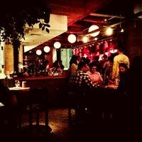Photo prise au SOCIAL HOUSE par Chonnikan S. le2/15/2013