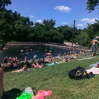 Photo prise au Barton Springs Pool par Joe M. le6/16/2013