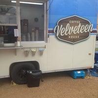 1/29/2013 tarihinde Brittany B.ziyaretçi tarafından Velveteen Coffee House'de çekilen fotoğraf