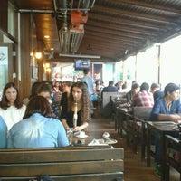 10/17/2013 tarihinde GülşAh E.ziyaretçi tarafından Cadde Cafe'de çekilen fotoğraf