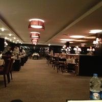 Das Foto wurde bei Safir Restaurant von Hasan K. am 2/11/2013 aufgenommen