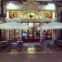 Foto tirada no(a) Majestic Café por Hugo F. em 2/26/2013
