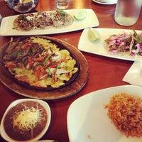 Foto tirada no(a) Cantina Laredo por Lizzy L. em 10/5/2013