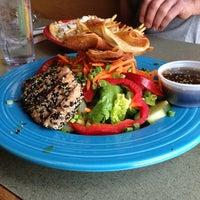 Photo prise au Winona's Restaurant par Angie R. le5/2/2013