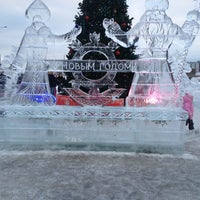 รูปภาพถ่ายที่ ТРК «Северный Молл» โดย Петр Ш. เมื่อ 2/2/2013
