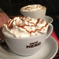 Das Foto wurde bei Caffè Nero von Suna R. am 1/29/2013 aufgenommen