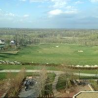 Foto scattata a Lansdowne Resort and Spa da Michael S. il 4/12/2013