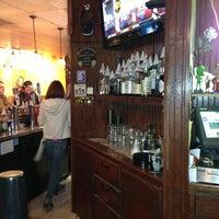 Foto tirada no(a) Three Sheets Bar por Sean S. em 2/24/2013