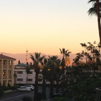 1/17/2013 tarihinde Sean S.ziyaretçi tarafından Embassy Suites by Hilton Santa Ana Orange County Airport'de çekilen fotoğraf