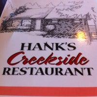Das Foto wurde bei Hank's Creekside Restaurant von James C. am 9/26/2011 aufgenommen