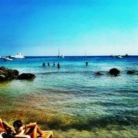 7/20/2012 tarihinde Ozan T.ziyaretçi tarafından Fun Beach Club'de çekilen fotoğraf