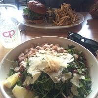 รูปภาพถ่ายที่ Cabbage Patch โดย Carla V. เมื่อ 6/7/2016