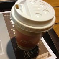 Foto scattata a McDonald's da Charlie B. il 11/19/2013