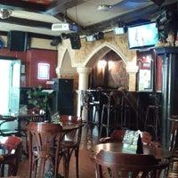 Foto diambil di Shamrock Pub oleh Valeriy P. pada 6/18/2013