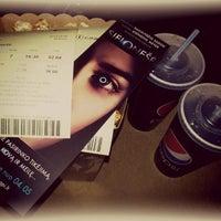 4/2/2013 tarihinde Kristina P.ziyaretçi tarafından Forum Cinemas Akropolis'de çekilen fotoğraf