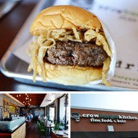 Foto diambil di Crow Burger Kitchen oleh Crow Burger Kitchen pada 5/30/2013