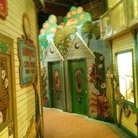 รูปภาพถ่ายที่ El Meson de Pepe Restaurant & Bar โดย Carl R. เมื่อ 2/17/2013