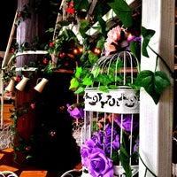 Foto tirada no(a) Nanny's Pavillon - Terrace por 杨翼 em 11/16/2013