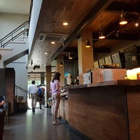 10/8/2018 tarihinde 杨翼ziyaretçi tarafından Starbucks'de çekilen fotoğraf