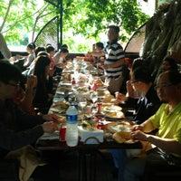 6/7/2013 tarihinde Bera52ziyaretçi tarafından Öz Konyalı Kebap'de çekilen fotoğraf