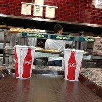 รูปภาพถ่ายที่ Posa Posa Restaurant & Pizzeria โดย Andrea B. เมื่อ 4/13/2013