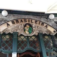 Foto tirada no(a) A Brasileira por Ludo V. em 6/22/2013