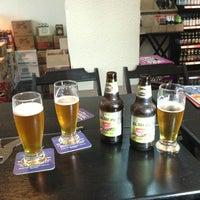 Foto tirada no(a) Beer 4 U por Luis L. em 7/19/2013