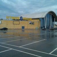 รูปภาพถ่ายที่ ТРК «Северный Молл» โดย A/EX_KUP/N เมื่อ 5/10/2013