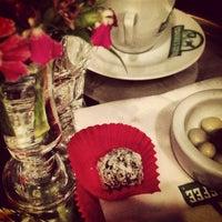 Photo prise au Edward's Coffee par Ankara M. le6/7/2013