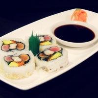 Photo prise au SUSHI MAS Comida Japonesa par SushiMas S. le1/19/2013