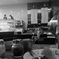 Das Foto wurde bei Presidio Pizza Company von meli. am 7/18/2014 aufgenommen