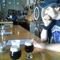7/6/2013에 Richard R.님이 SingleCut Beersmiths에서 찍은 사진